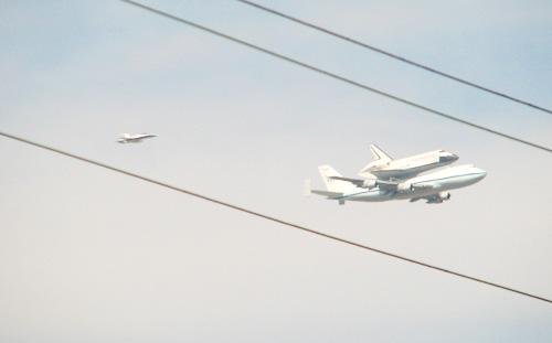 9_21_2012SpaceShuttleEndeavour2